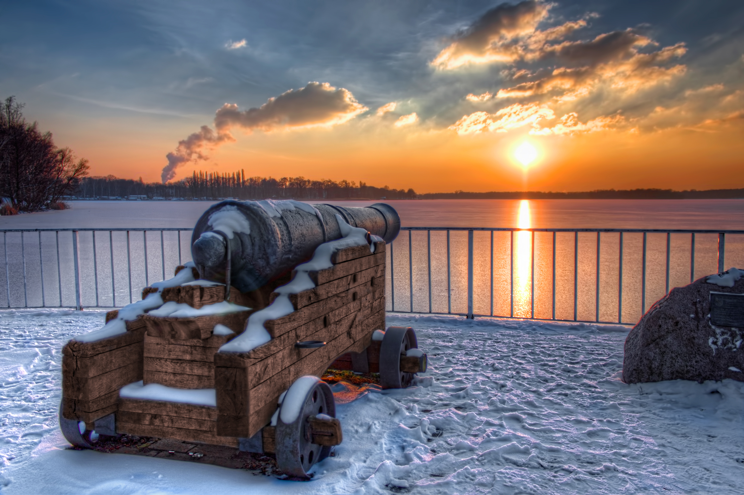 First Sunset in Tegel in 2013 (HDR)